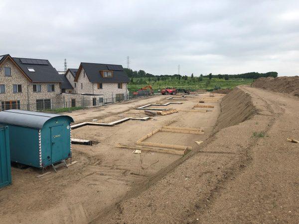 Start bouw 10 dijkvilla's Tiel
