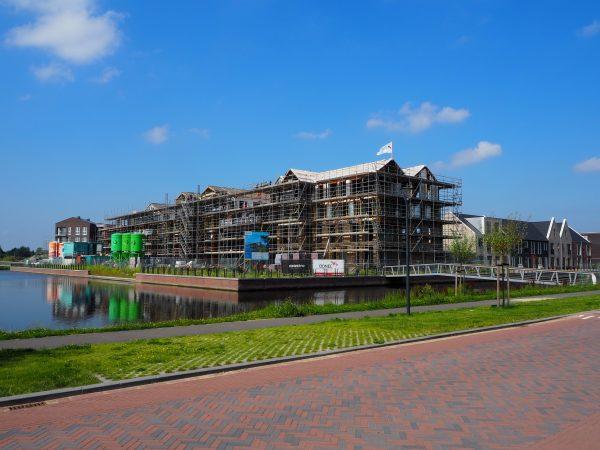 Nieuwbouw 33 appartementen DOK6 bereikt hoogste punt!